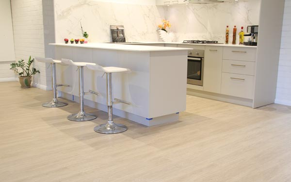 BENEFITS OF HYBRID FLOORING