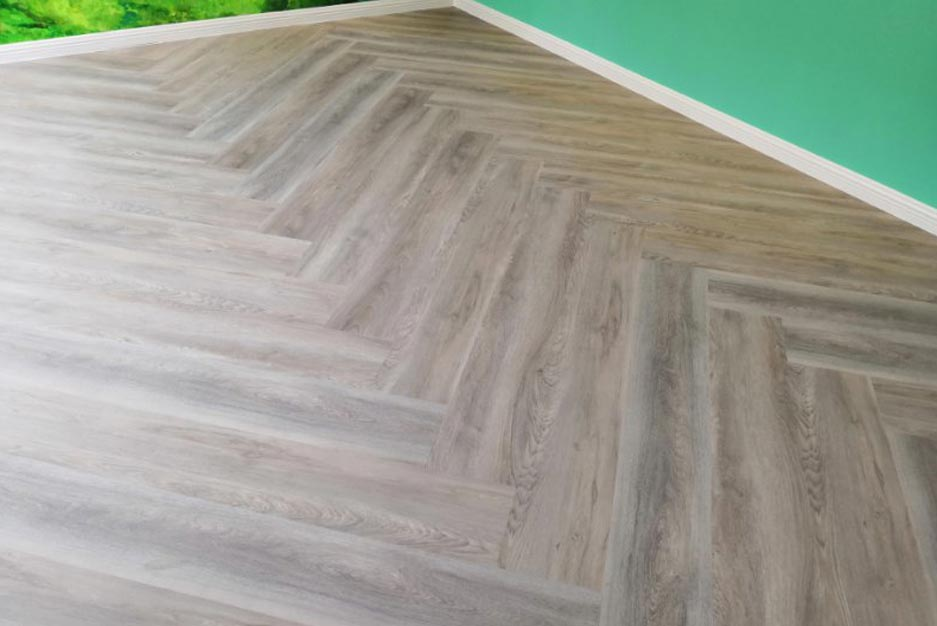 Hybrid Floor Herringbone Floor